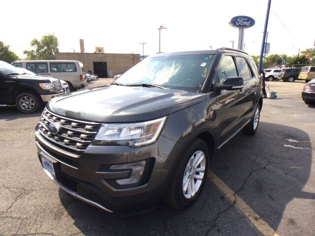 2017 Ford Explorer XLT Chicago IL