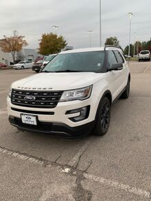 2017_Ford_Explorer_XLT FWD_ Cary NC