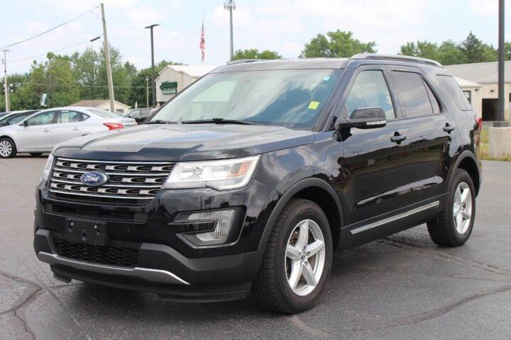 2017 Ford Explorer XLT Fort Wayne Auburn and Kendallville IN