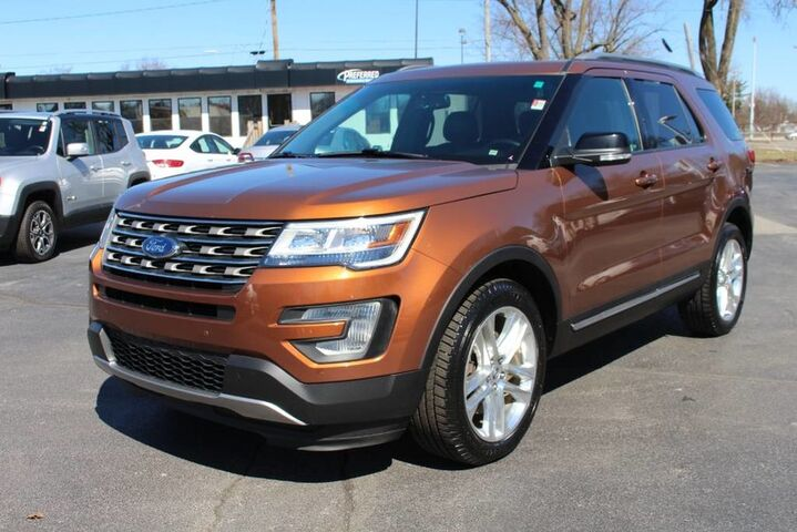 2017 Ford Explorer XLT Fort Wayne Auburn and Kendallville IN