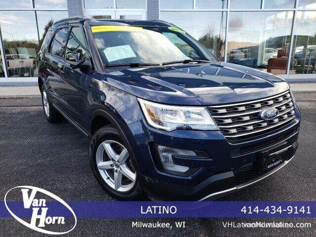 2017 Ford Explorer XLT Plymouth WI