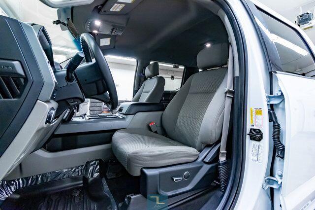2017 Ford F-350 4x4 Crew Cab XLT Dually Diesel Nav BCam Red Deer AB