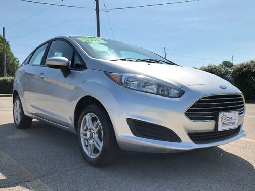 2017_Ford_Fiesta_SE Sedan_ Frankfort KY