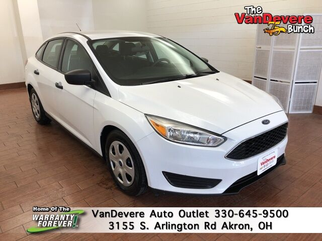 2017 Ford Focus S Akron OH