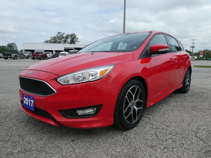 2017 Ford Focus SE Back Up Cam Heated Seats Remote Start Essex ON
