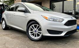 2017_Ford_Focus_SE_ Georgetown KY
