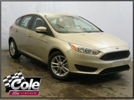 2017_Ford_Focus_SE Hatch_ Southwest MI