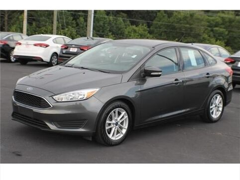 2017_Ford_Focus_SE_ Greenville SC