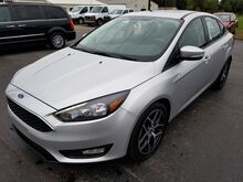 2017_Ford_Focus_SEL_ Fort Wayne Auburn and Kendallville IN