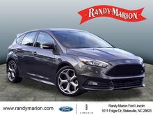 2017_Ford_Focus_ST_  NC