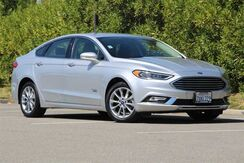 2017_Ford_Fusion Energi_SE Luxury_ California