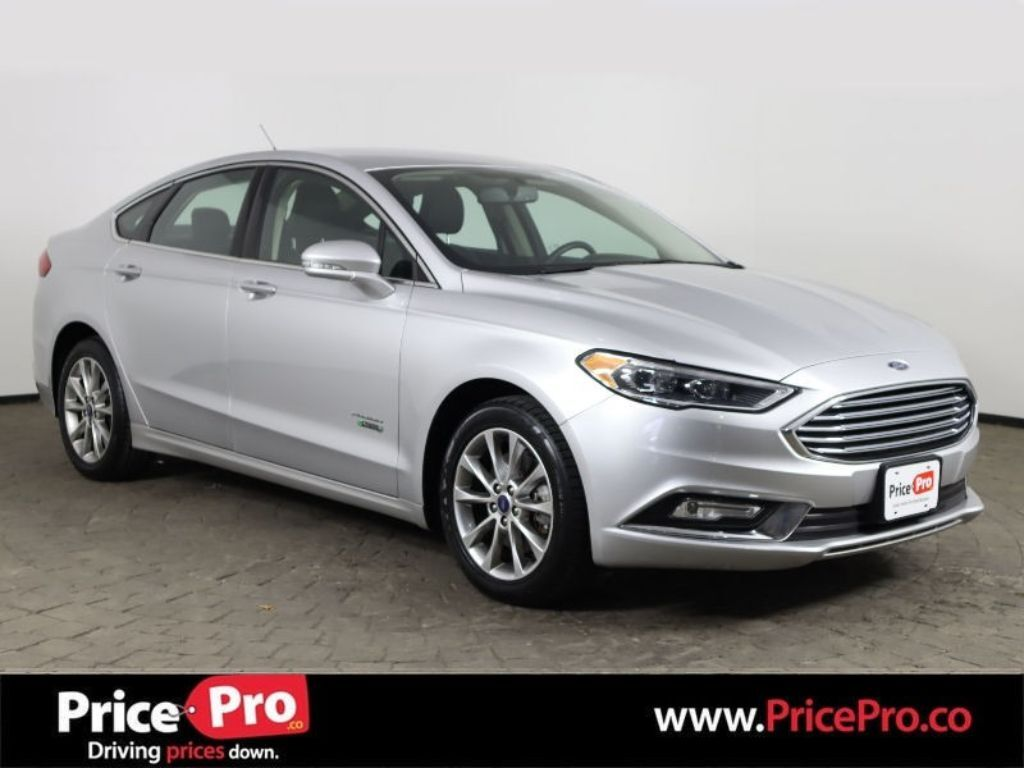2017 Ford Fusion Energi Titanium w/Navigation/Heated Leather Maumee OH