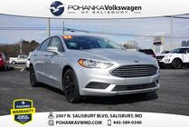 2017 Ford Fusion SE ** CLEAN CARFAX **