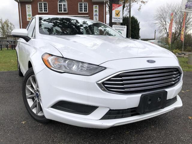 2017 Ford Fusion SE-$57wk-Sroof-Backup-AUX/USB-PushStart-LowKM London ON