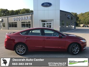 2017_Ford_Fusion_SE_ Decorah IA