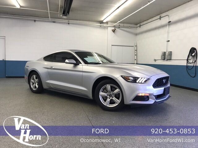 2017 Ford Mustang V6 Milwaukee WI
