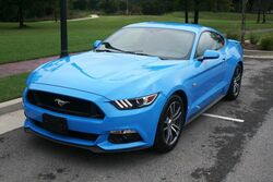 Ford Mustang Very Clean - Low Mileage - One Owner - Media Package - Heated Steering Wheel - Rear Spoiler - 18 Inch Alloy Wheels 2017