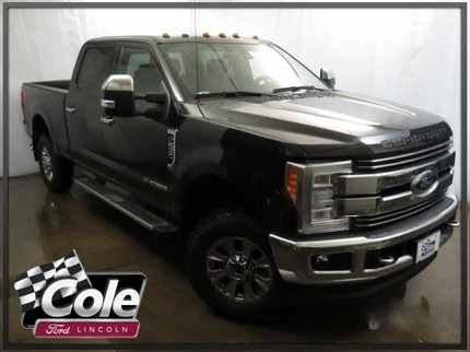 2017_Ford_Super Duty F-250 SRW_Lariat 4WD Crew Cab 6.75 Box_ Southwest MI