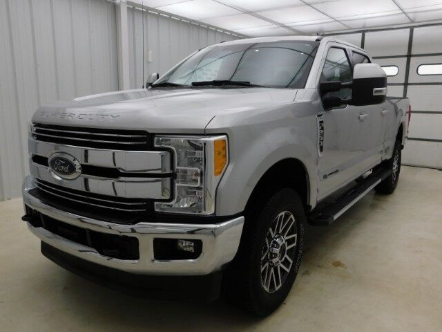 2017 Ford Super Duty F-250 SRW Lariat 4WD Crew Cab 6.75' Box Manhattan KS