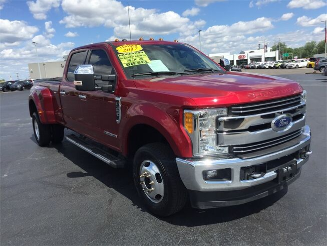 2017 Ford Super Duty F-350 DRW LARIAT 4WD Evansville IN