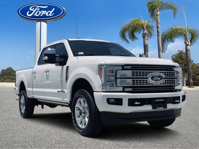 2017_Ford_Super Duty F-350 SRW_Platinum_ Vista CA