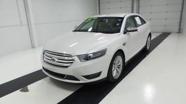 2017 Ford Taurus Limited FWD Topeka KS