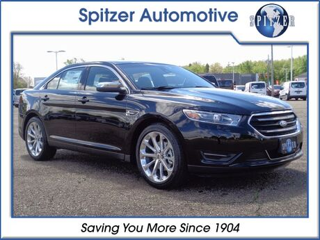 2017_Ford_Taurus_Limited_