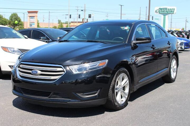 2017 Ford Taurus SEL Fort Wayne Auburn and Kendallville IN