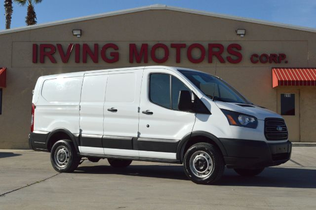 2017_Ford_Transit_250 Van Low Roof 60/40 Pass.130-in. WB_ San Antonio TX