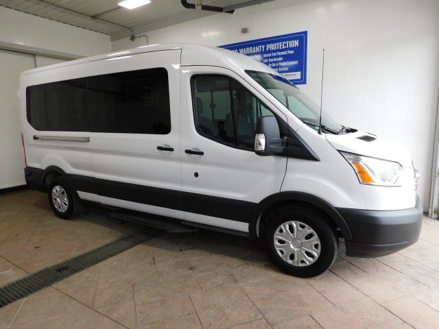 2017 Ford Transit Wagon 350 WAGON MED. ROOF Listowel ON