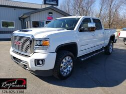 2017_GMC_Sierra 2500HD_Denali_ Middlebury IN