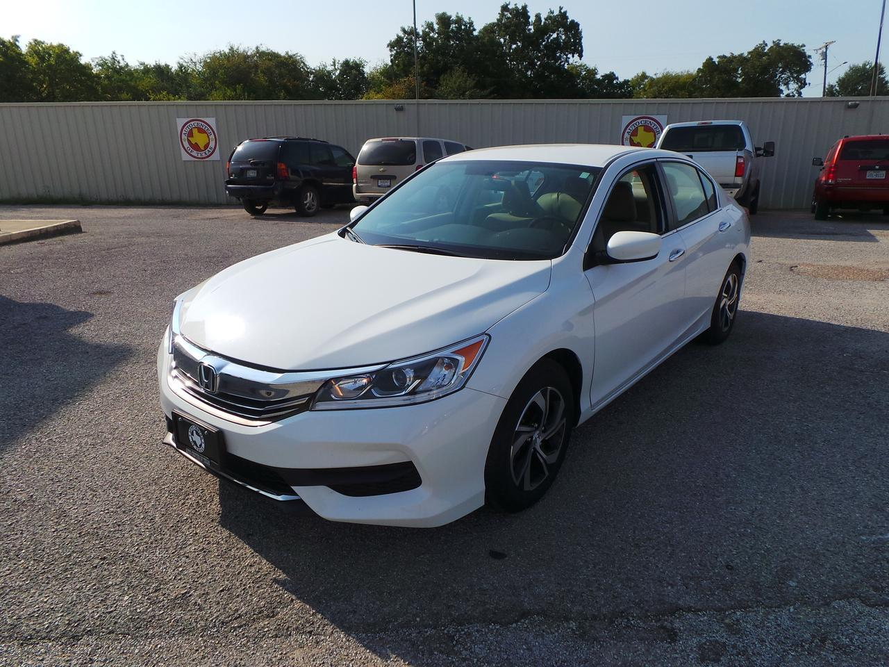 2017 HONDA ACCORD Terrell TX