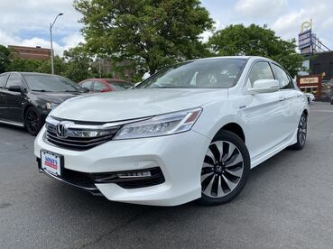 2017_Honda_Accord Hybrid_Touring_ Worcester MA