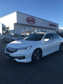 2017_Honda_Accord Sedan_TOURING AUTO_ Yakima WA