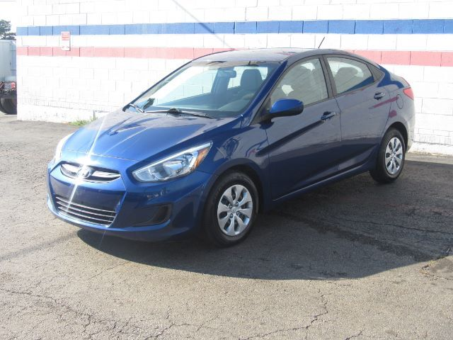 2017 Hyundai Accent SE 4-Door 6A Dallas TX