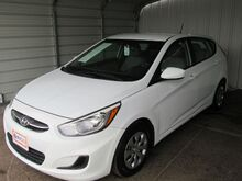 2017_Hyundai_Accent_SE 5-Door 6A_ Dallas TX