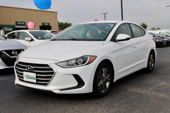 2017 Hyundai Elantra SE Fort Wayne Auburn and Kendallville IN