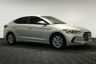 2017_Hyundai_Elantra_SE_ Houston TX