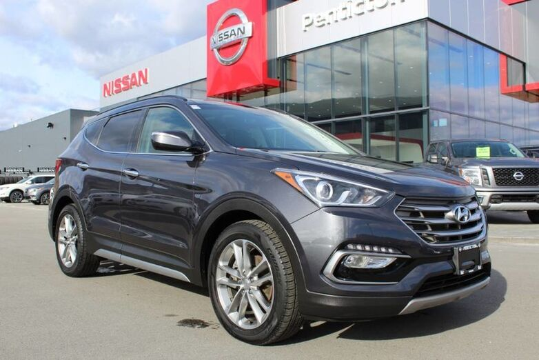 2017 Hyundai Santa Fe Sport Limited, AWD, w/ Navigation and Moonroof and Heated Front and Back Seats Penticton BC