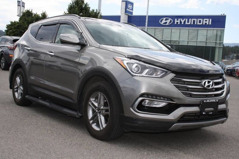 2017 Hyundai Santa Fe Sport Luxury No Accident,Bluetooth,Heated seats,Leather, Navigation,Sunroof. Kelowna BC