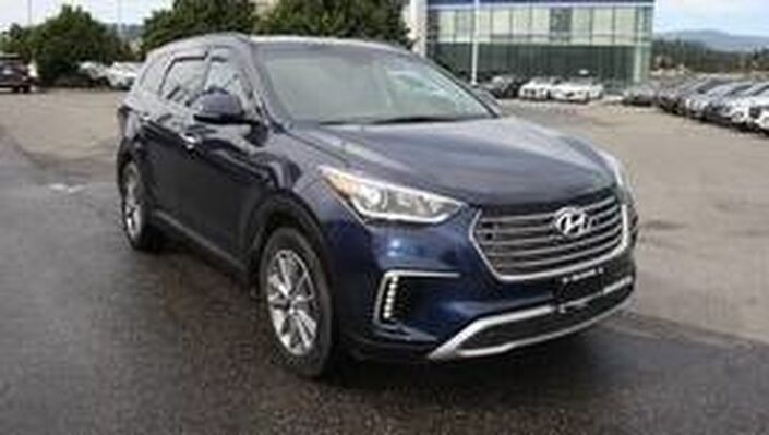 2017 Hyundai Santa Fe XL Premium Heated seats, Blindspot,Backup camera,Push button start, Kelowna BC