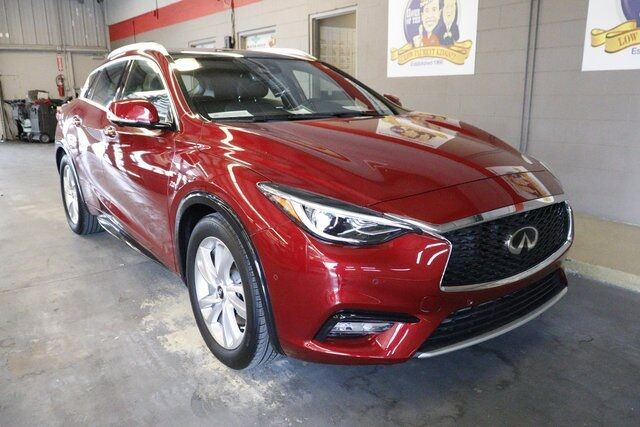 2017 INFINITI QX30 Premium Winter Haven FL
