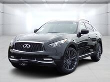 2017_Infiniti_QX70_Limited w/ Premium Package_