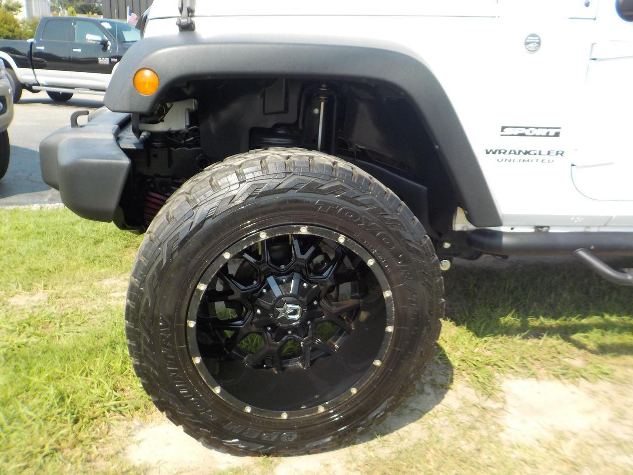 2017 JEEP WRANGLER UNLIMITED SPORT 4X4, HARD CONVERTIBLE TOP, BLUETOOTH WIRELESS, CUSTOM RIMS, TOW PACKAGE & HITCH!! Virginia Beach VA