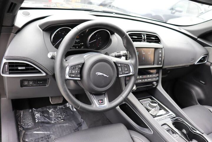 2017 Jaguar F-PACE S CLEAN CARFAX NAVIGATION PANORAMIC ROOF Houston TX