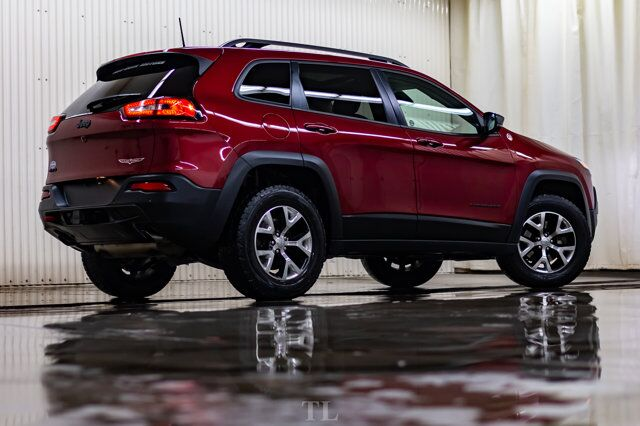 2017 Jeep Cherokee 4x4 Trailhawk Leather Roof Nav BCam Red Deer AB