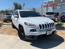 2017_Jeep_Cherokee_Latitude_ Palm Springs CA