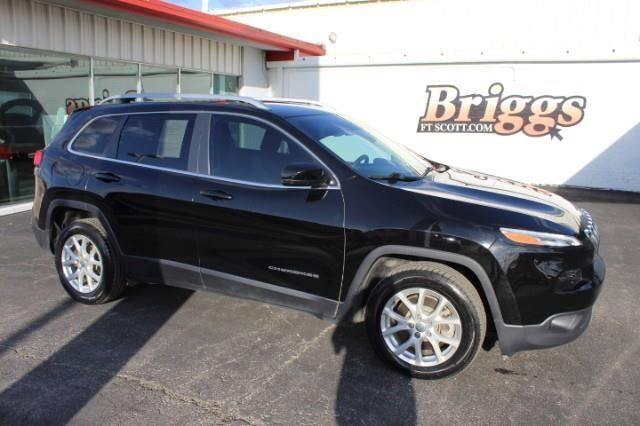 2017 Jeep Cherokee Latitude FWD Fort Scott KS