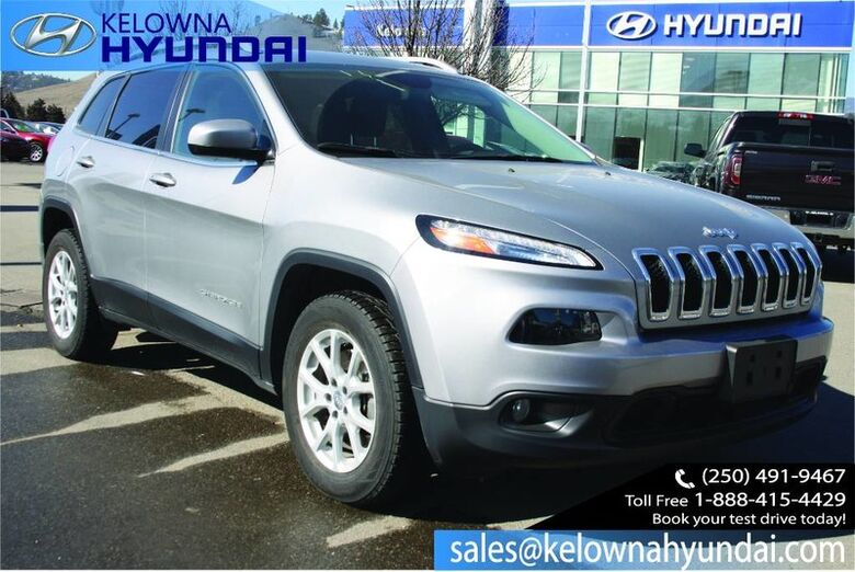 2017 Jeep Cherokee North Push button start, remote start. No accident low kms Kelowna BC
