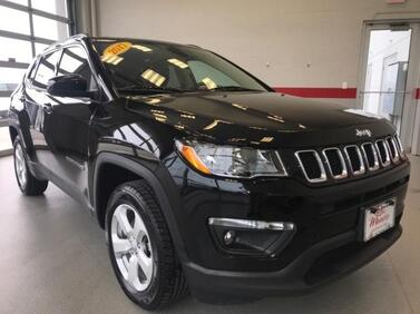 2017_Jeep_Compass_Latitude 4x4_ Muncie IN